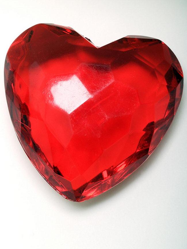 Камень рубин фото
